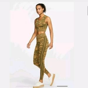 NWT Nike Sportswear Women's Olive Gold Tights